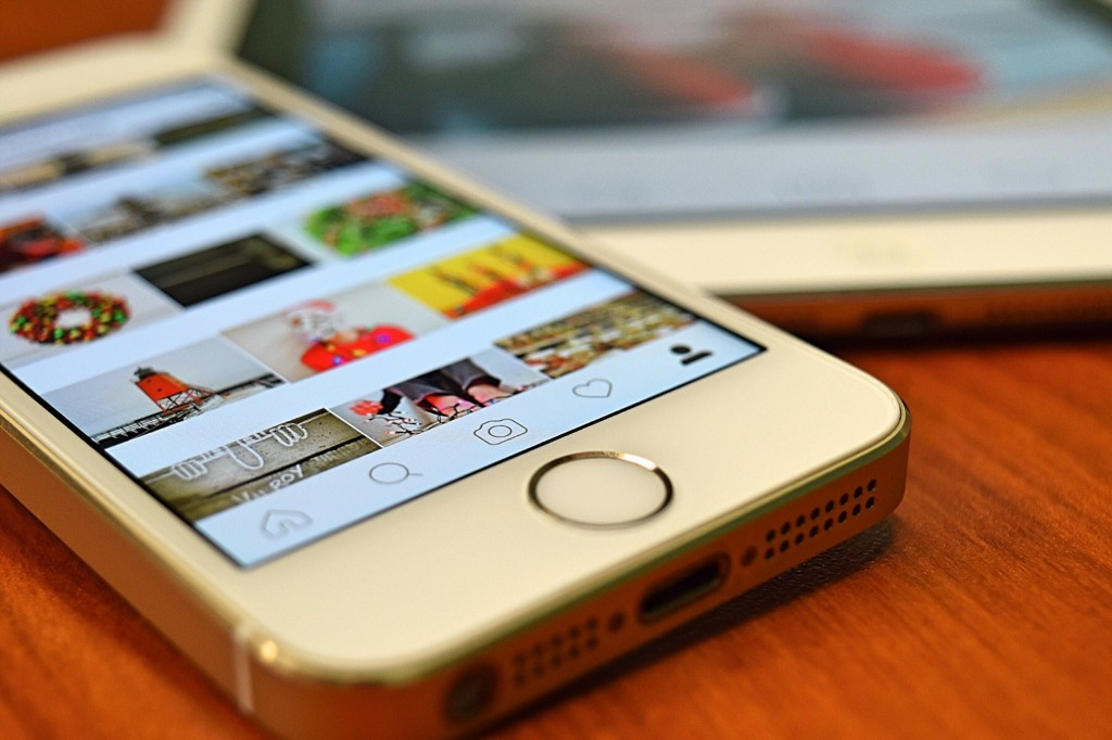 how to reset instagram explore page